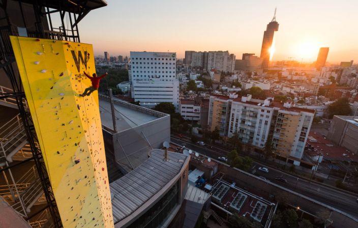 The Wall – Muro de Escalada Construido por Muta Climbing