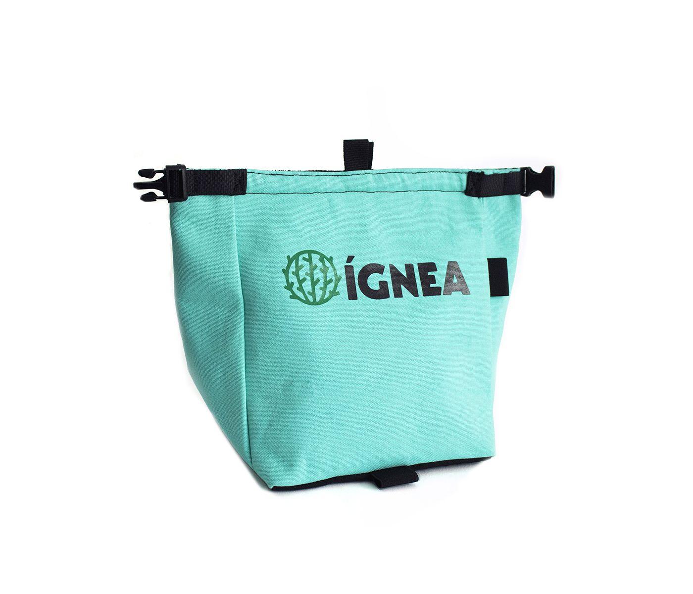 Magnesiera-turquesa-bouldering-IGNEA